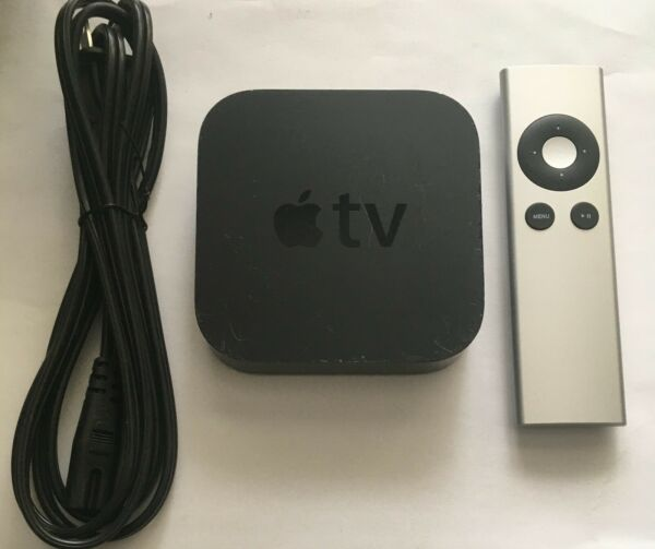 Apple TV (3rd Generation) 8GB HD Media Streamer - with Generic Remote