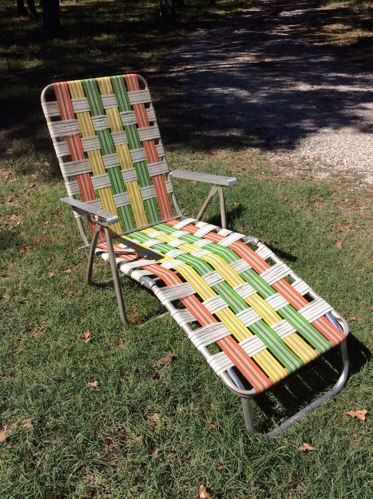 Vtg aluminum webbed folding lawn chaise lounge chair beach for Lawn and garden furniture