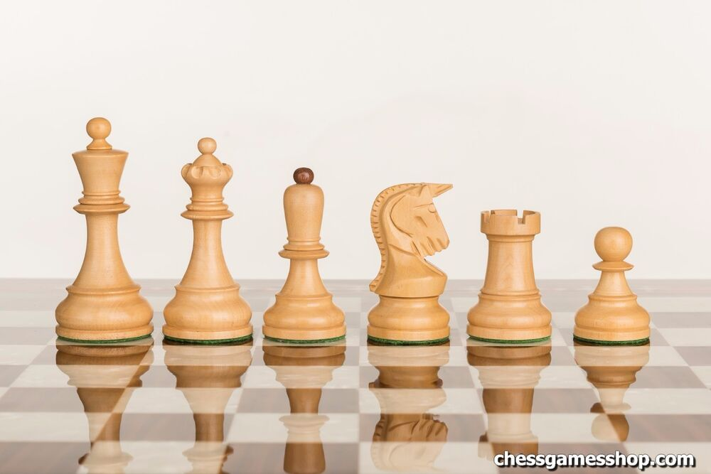 Dubrovnik Royal Chess Pieces Wooden Weighted Felted