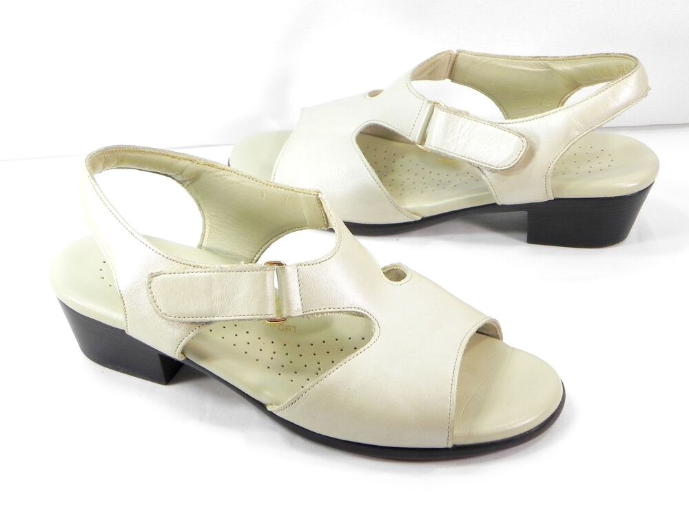 Sas Suntimer Sandals Pearl Bone Leather Size 6 5 M Casual