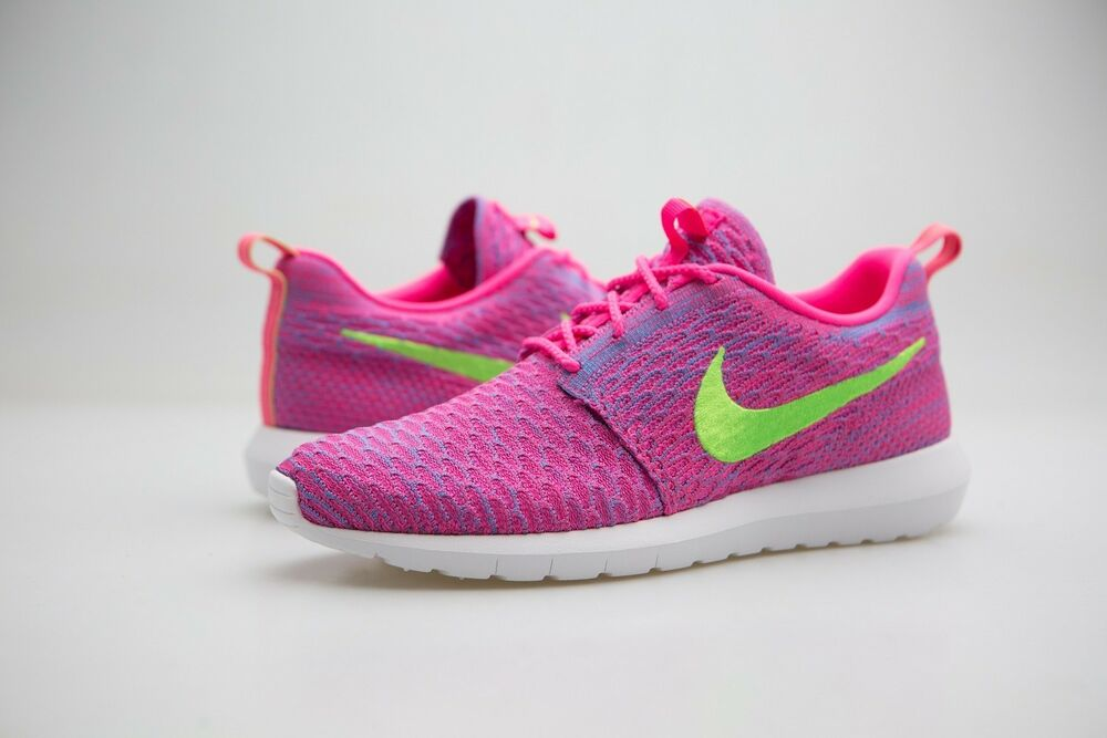 timeless design fb432 1dd23 Details about 677243-601 Nike Men Flyknit Roshe Run pink blue neon