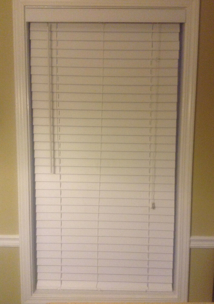 Plantation blinds faux wood 28 3 4 x 39 2 inch white for 2 inch faux wood window blinds
