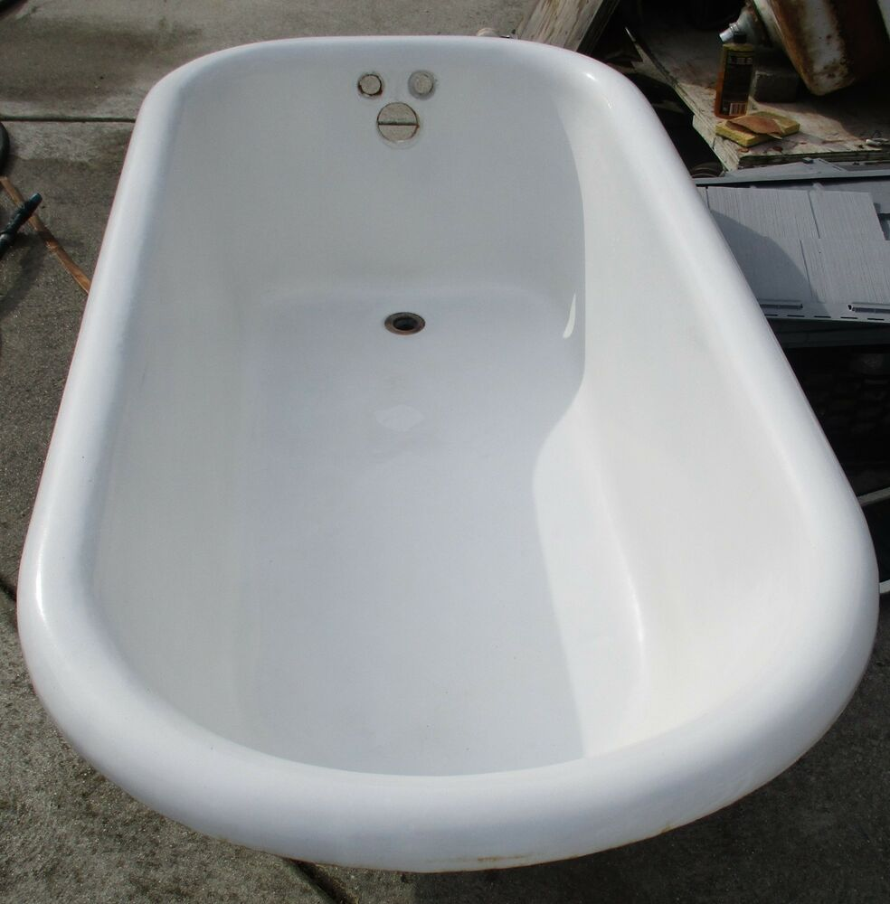 Vintage 5 foot cast iron claw foot tub with ball claw for Claw foot bath tub for sale