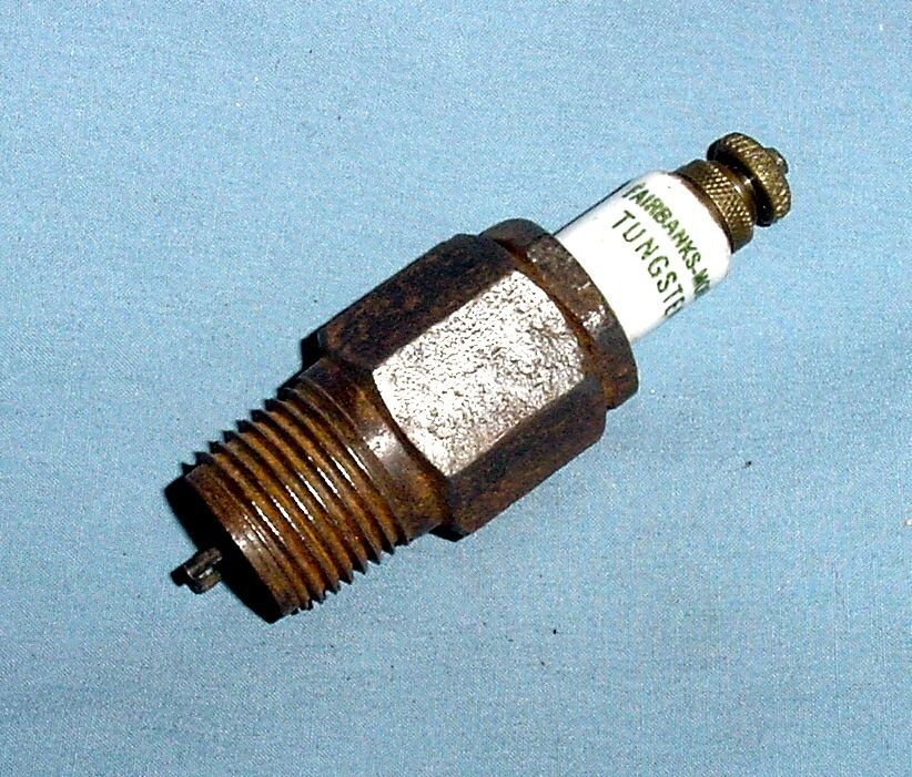 Farm Tractor Spark Plugs : Fairbanks morse script quot hit miss z gas engine spark