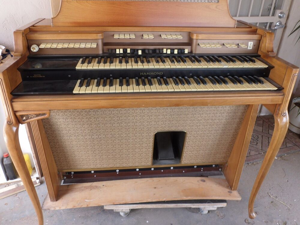 Hammond Organ Complete With Bench And Foot Bar Notes Works Great Ebay