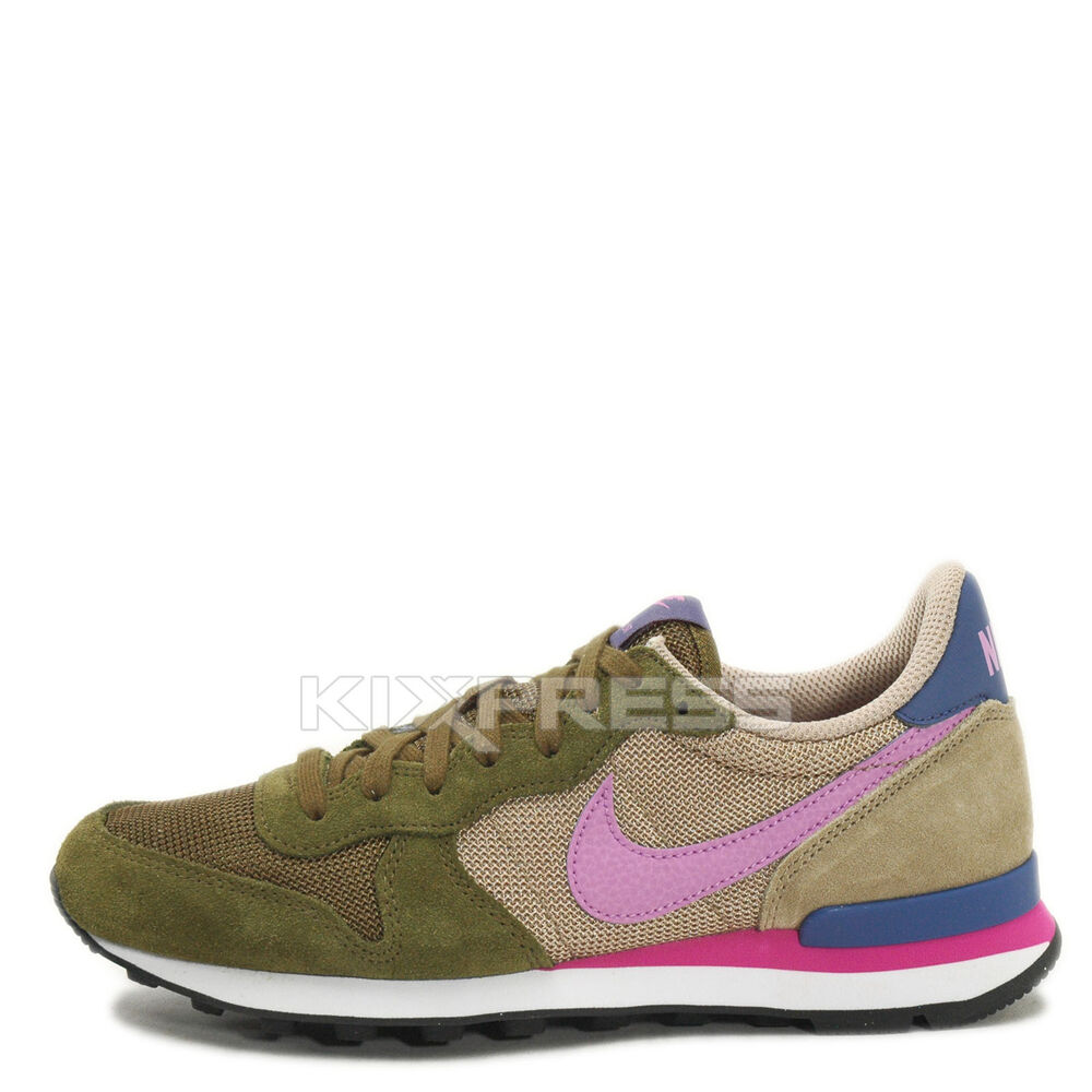 nike wmns internationalist groen