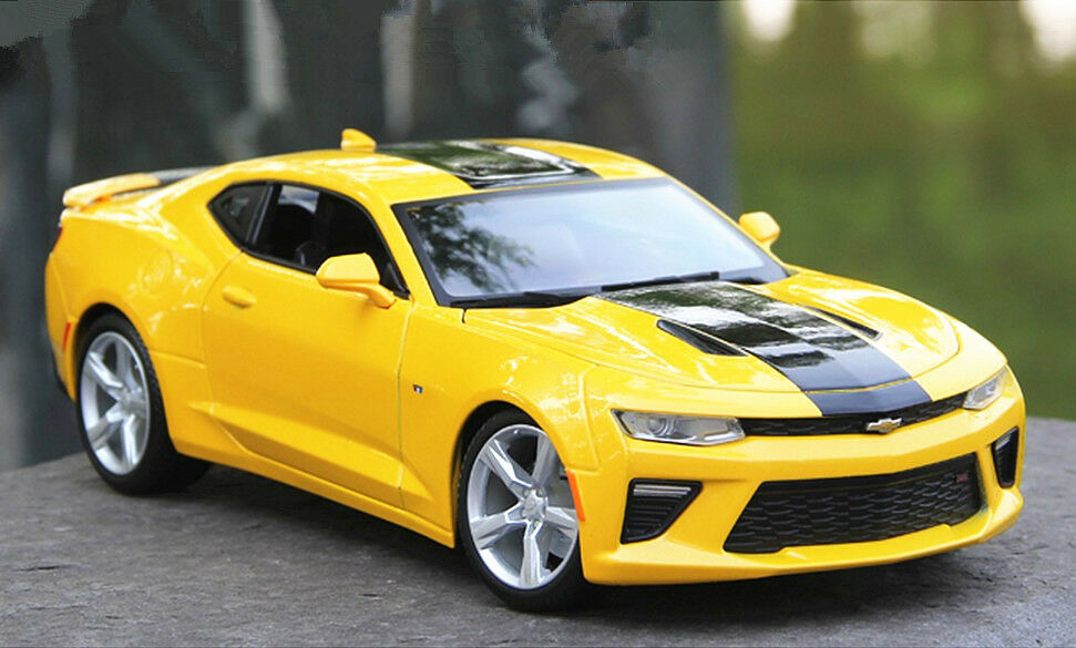 maisto 1 18 2016 chevrolet camaro ss diecast metal model car vehicle bumblebee ebay. Black Bedroom Furniture Sets. Home Design Ideas
