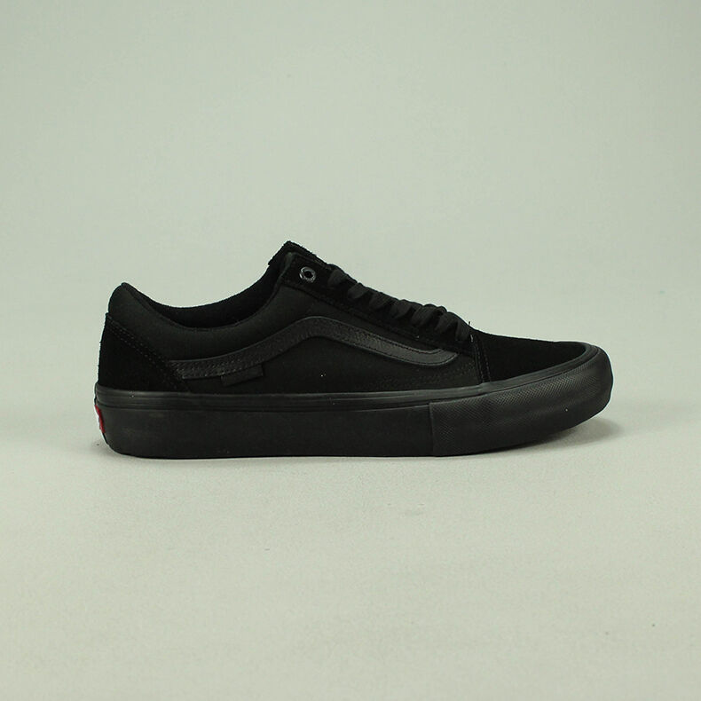 176254e101 Vans Old Skool Pro Blackout Trainers Shoes New in box UK Size 6