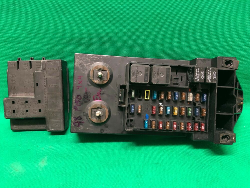 1998 98 Ford F250 F150 Truck Interior Fuse Box Relay Fusebox F85b