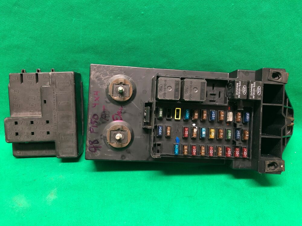 1998 98 Ford F250 F150 Truck Interior Fuse Box Relay
