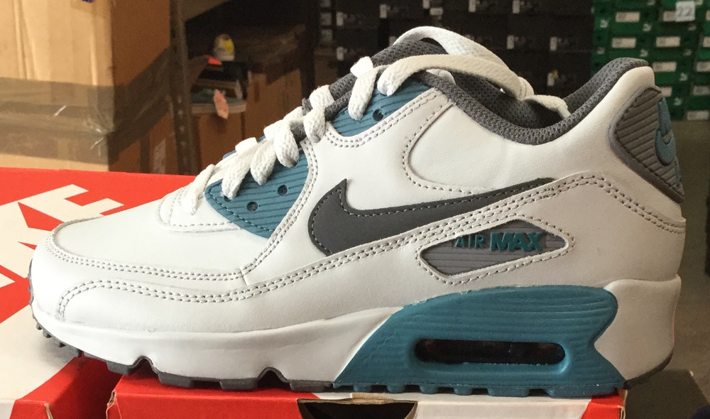new arrival 0aac0 76a35 NIKE Air Max 90 LTR GS Kids Skateboard Running Shoes 833412 018 KH   eBay