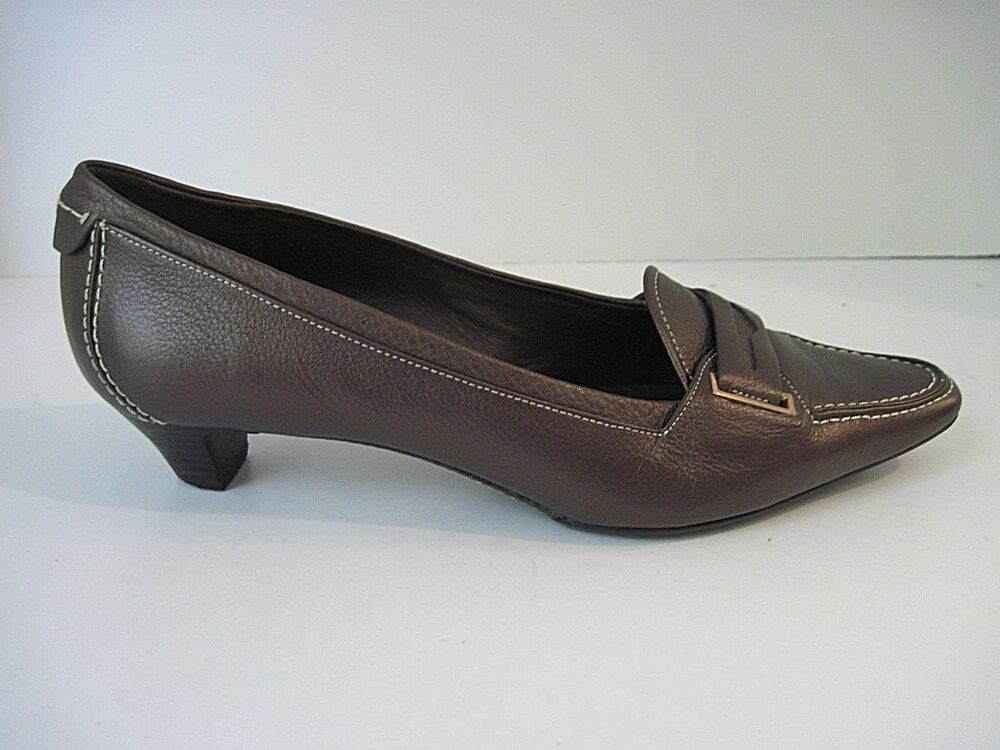 604f62dc2e7 Details about Cole Haan Women s Slip On Bronze Leather Heels Loafers Front  Design Size 8B