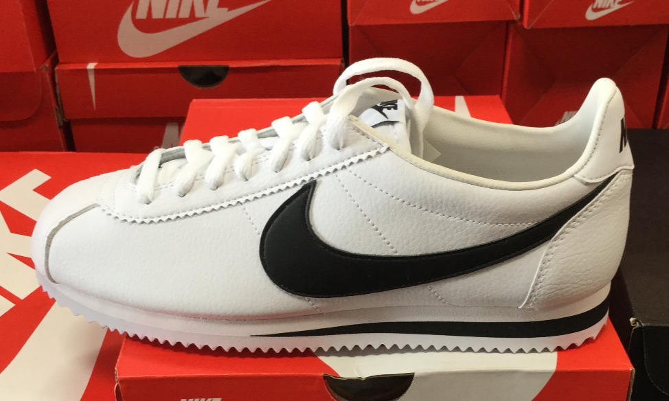 timeless design 445ad 80ff1 Details about NIKE Classic Cortez Leather Men s Running Shoes Sneakers White Black  749571 100K