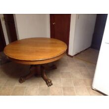 Antique Oak Claw Foot Round Dining Room Table 29