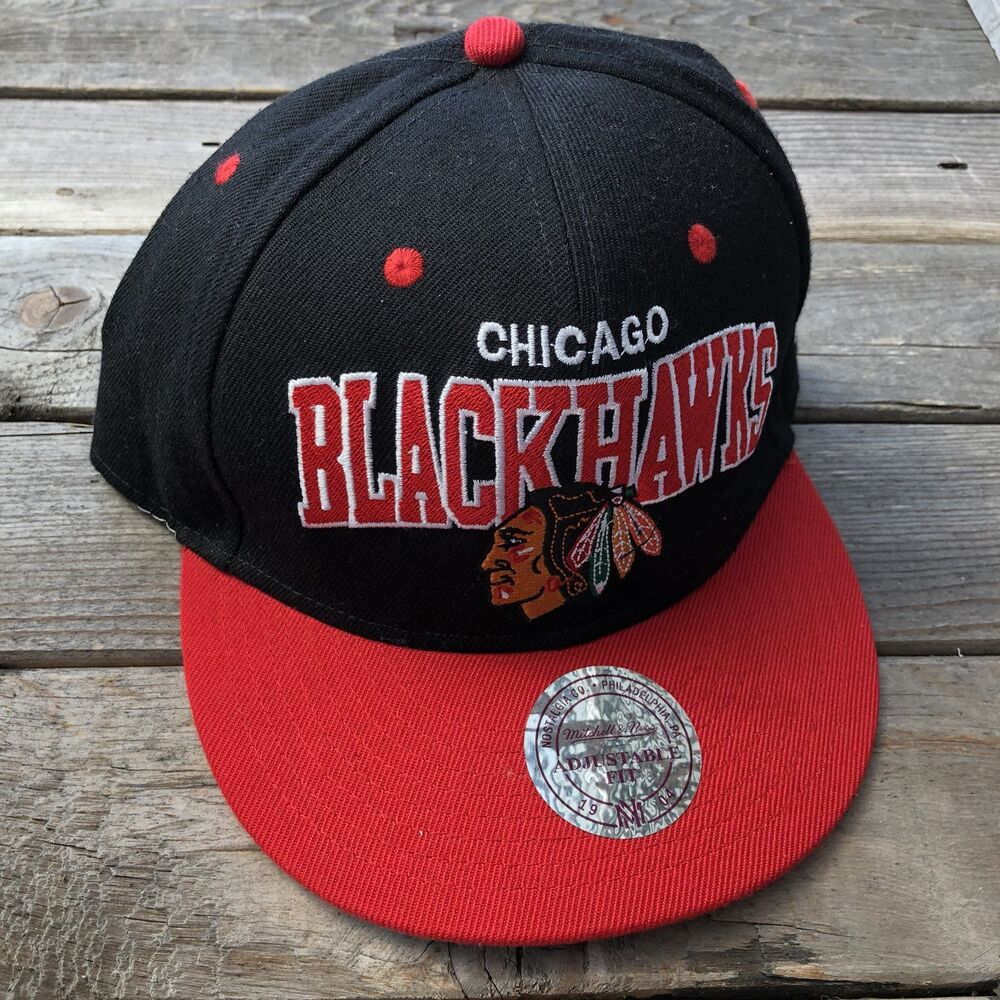 Details about Chicago Blackhawks Script NHL Mitchell   Ness Snapback Hat  Red and Black 4d73b8e2fc3b