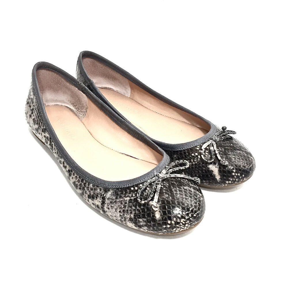 13ba8e60c752 Details about Women s Banana Republic Gray Snakeskin Print Leather Ballet  Flats Size 6 B