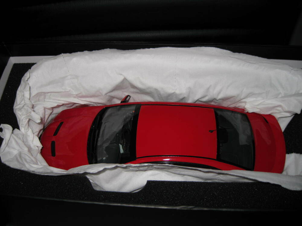 1:18 Scale Biante Model Cars Holden HSV VE Commodore E3 GTS Sting Red