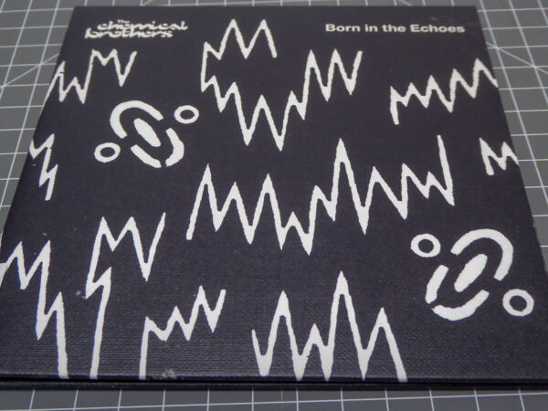 CHEMICAL BROTHERS * Born In The Echoes * NM (CD)
