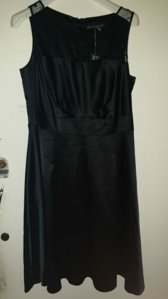 BNWT M&S Lace detail silk look sleeveless black evening party dress lined 14
