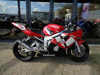 Yamaha R6 2002 Model Red In Great Condition