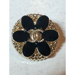 Kyпить 1 Chanel button black and gold 19 mm stamped flower button на еВаy.соm