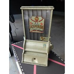 Kyпить Antique BLACKHAWK 5 CENT COIN OPERATED  ASPIRIN VENDING MACHINE DISPENSER  на еВаy.соm