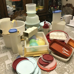 Kyпить Vintage Tupperware Lot. 100 Pieces, Bowls, Keepers, Containers, Tumblers, etc на еВаy.соm