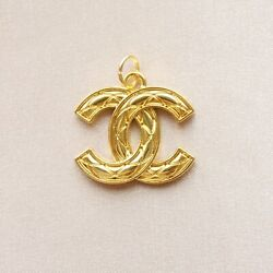 Kyпить Chanel Zipper Pull Button Pendant, 21x26mm, Gold, Quilted, Stamped на еВаy.соm