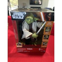 Kyпить Star Wars Legendary Yoda Jedi Master 16