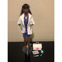 Kyпить VTG TNT 1987 Mattel African-American Dr.Barbie Doll w/Outfit and Medical Bag на еВаy.соm