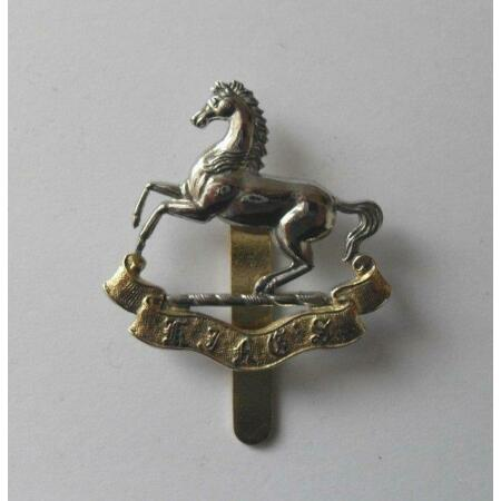 img-BRITISH ARMY CAP BADGE. THE KING'S REGIMENT ( LIVERPOOL ). ( 001. ).