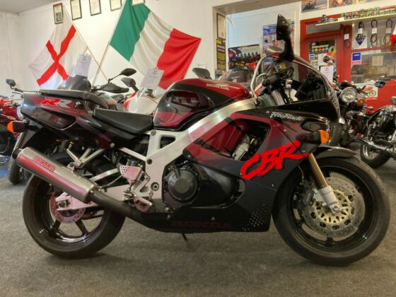 1994 Honda CBR900RR Fireblade * 2 Owners from New *