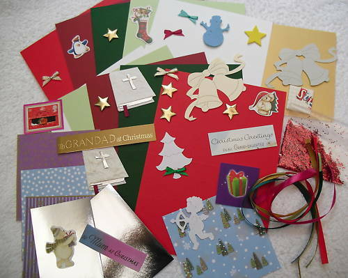 Children s christmas card making craft kit makes 10 for Craft kits for preschoolers
