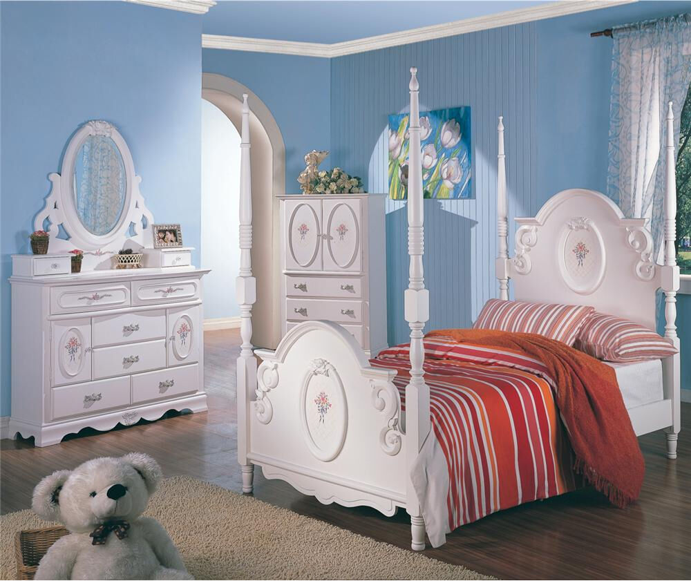 Twin white wooden poster bed girl 39 s bedroom furniture 4 pc for Girls white bedroom furniture