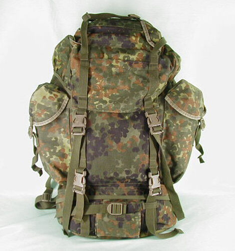 original bw bundeswehr kampfrucksack rucksack flecktarn camping trekking 65l ebay. Black Bedroom Furniture Sets. Home Design Ideas