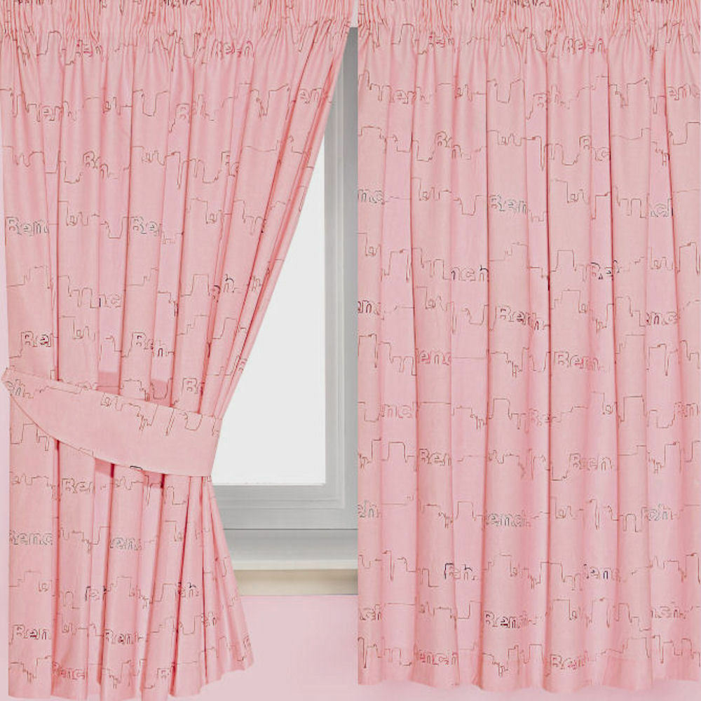 Bench Face Girls Pink Curtains 66 X 54 Includes Tie Backs