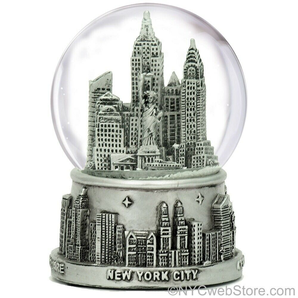 New york city snow globe silver nyc snow globes at 3 5 for Gifts for new yorkers
