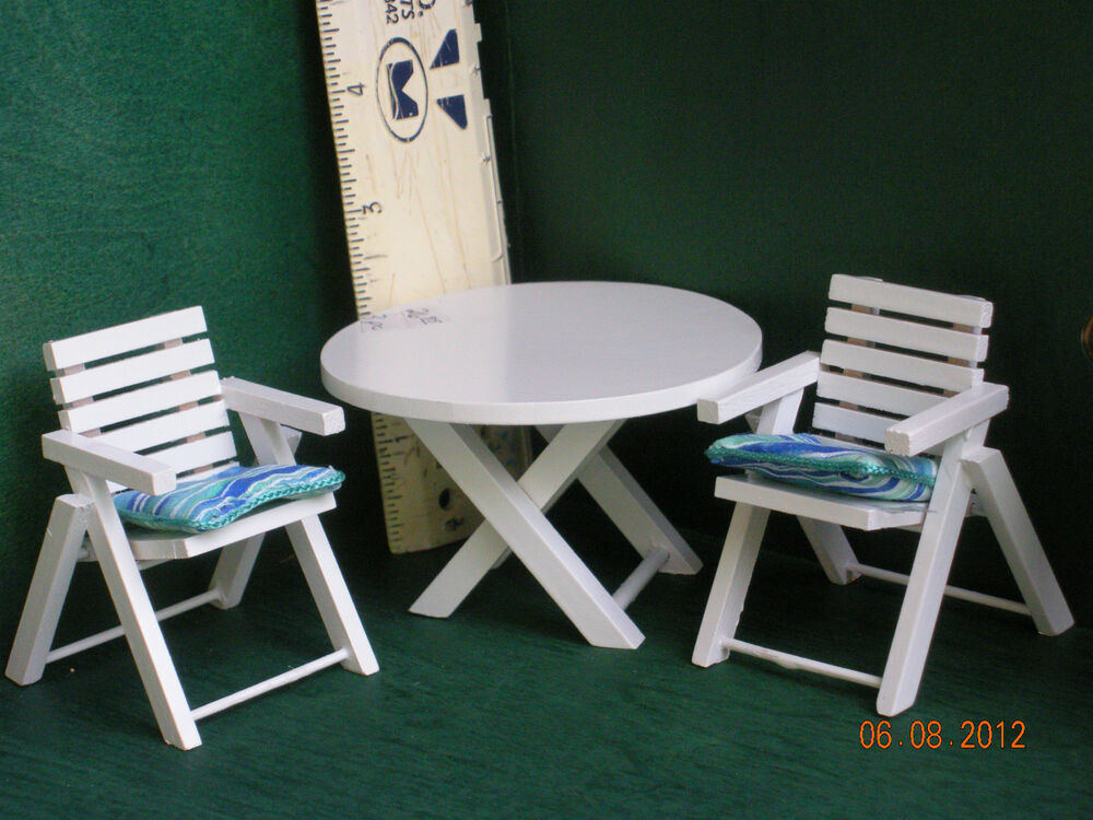 Dollhouse Miniature Patio Table And Chairs Ebay