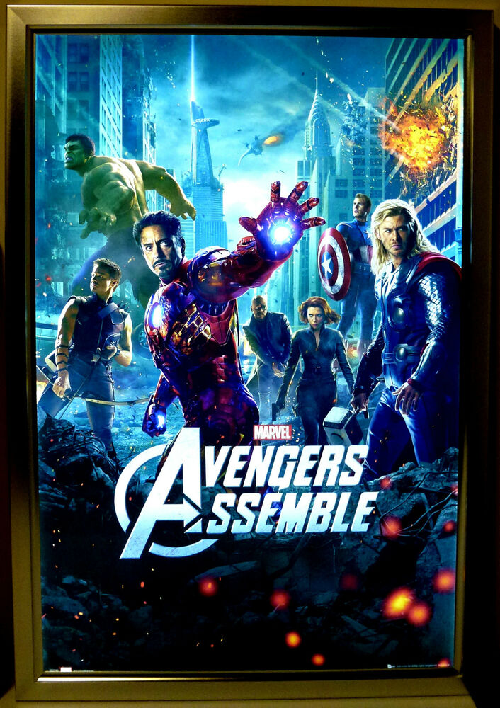 Lighted movie poster frame