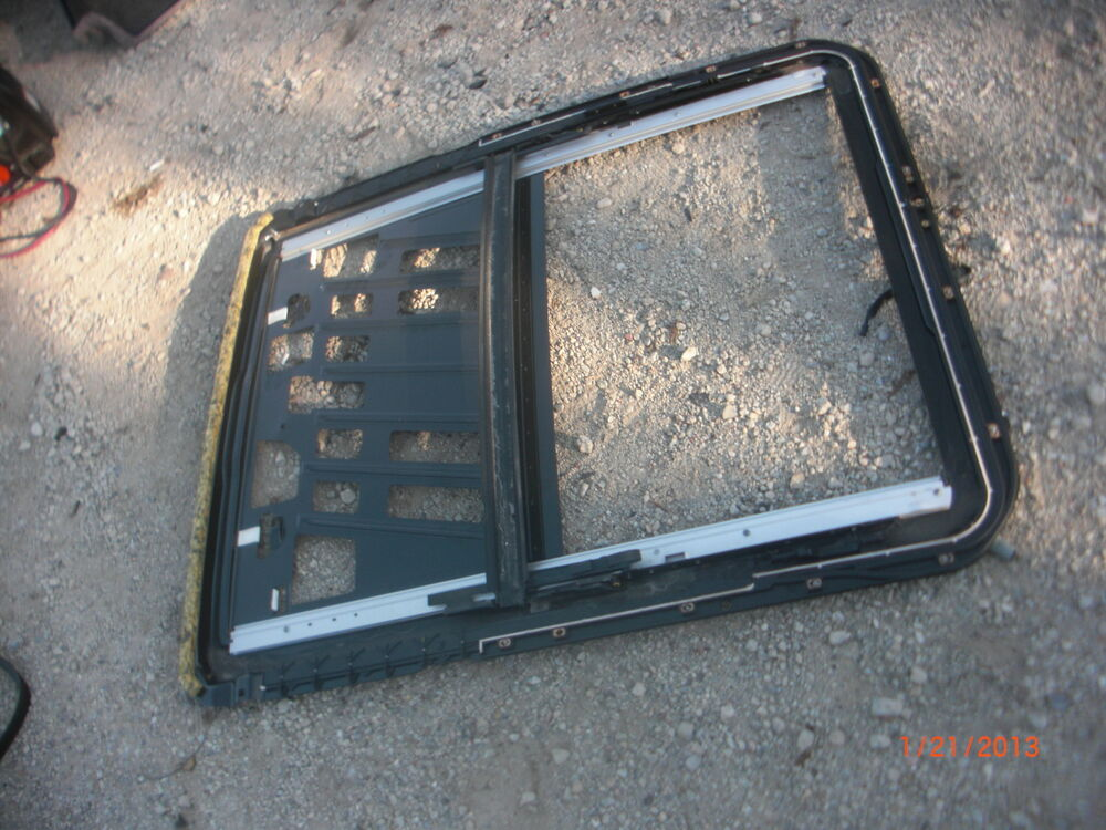 2000 2002 mercedes benz w220 sunroof moonroof rail for Mercedes benz sunroof repair