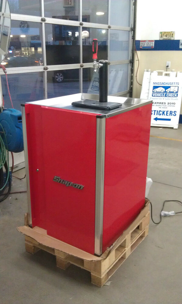 New Limited Collectible Red Snap On Tool Box Beer Keg