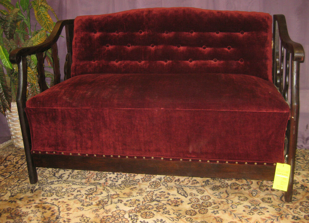 Beautiful antique mohair hide a bed sofa settee love seat for Small hide a bed sofa