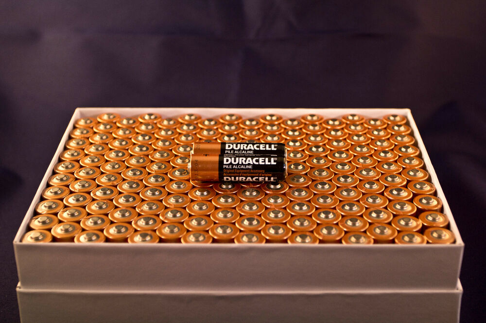 100 Aa Alkaline Duracell Batteries 1 5v Wholesale