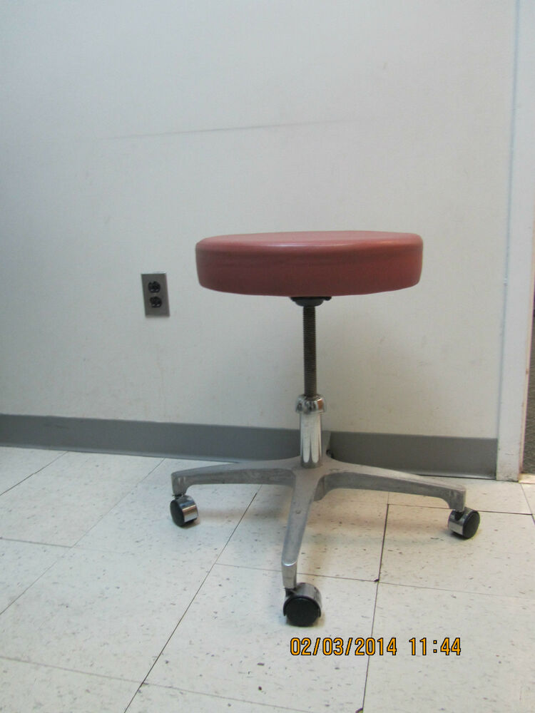 Midmark 123 001 Surgical Adjustable Stool Ebay