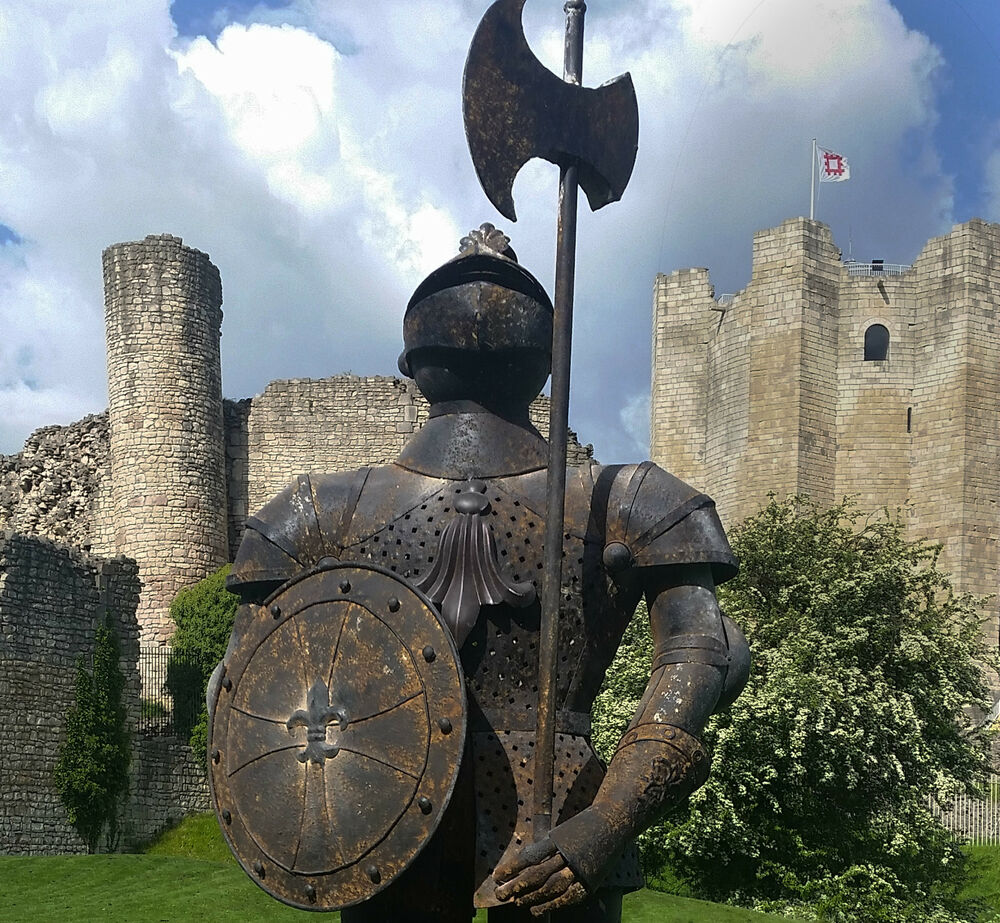 essay about the knight in the rusty armor