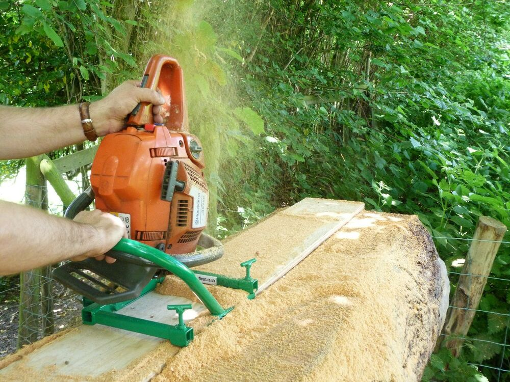 Chainsaw mill planking lumber boards milling vertical cut for Comparatif debroussailleuse stihl husqvarna