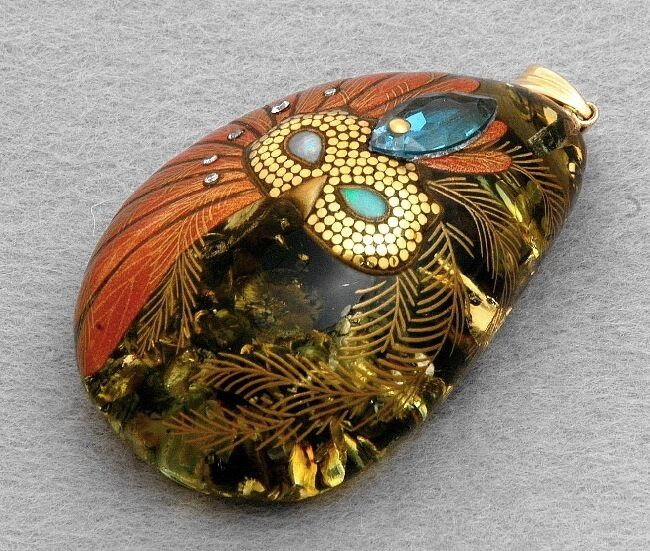 japanese pendant amber jewelry maki e makie mask kyoto