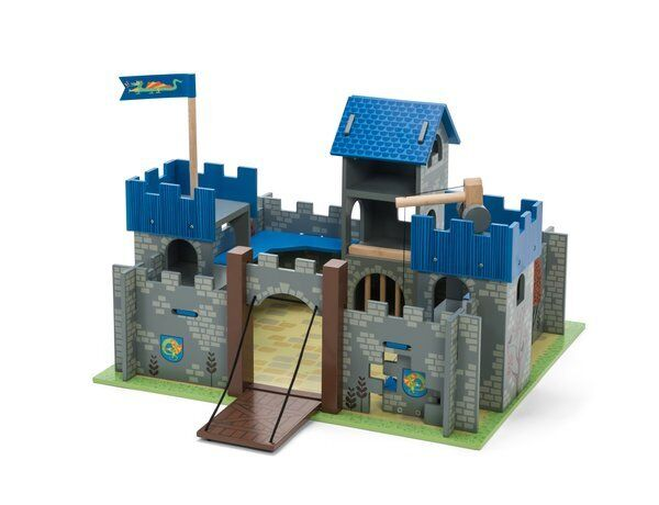 Toy Castles For Toddler Boys : Le toy van excalibur castle castles wooden