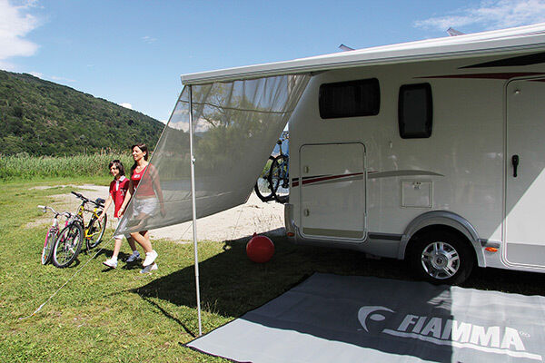 Creative 1999 Safari Trek RV  Awning Side From The Rear