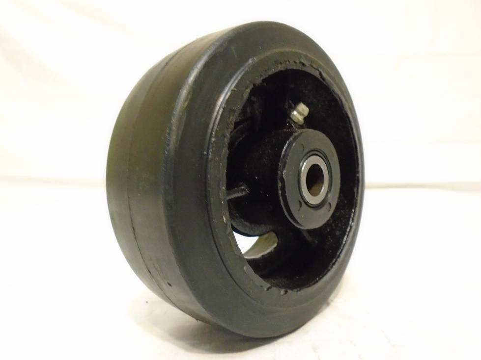 5 Quot X 2 Quot Rubber Wheel On Steel Hub W Roller Bearing Amp Free